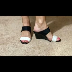 Size 7 Bandolino Wedge Slip-on Sandals